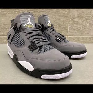 NIB AIR JORDAN 4 RETRO. COOL GREY. 2019 RELEASE.